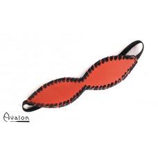 Avalon - FORGOTTEN - Blindfold med søm - Rød og sort