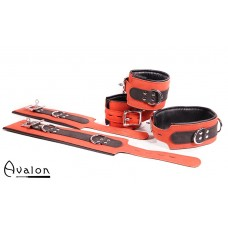 Avalon - LEGEND - Cuffs og collar sett rødt og sort