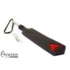 Avalon - ENCHANTRESS - Smal paddle med hjerte og metallhåndtak - Sort og rød