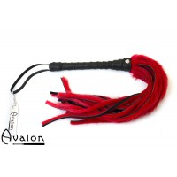 Avalon - Flogger med lær og pels, rød og sort