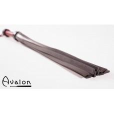 Avalon -  Massiv flogger i lær og silikon - Sort og rød