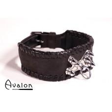 Avalon - Collar med spisse nagler og O-ring - Sort
